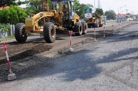 perbaikan jalan raya pantura antarafoto.com selamethariadi.com