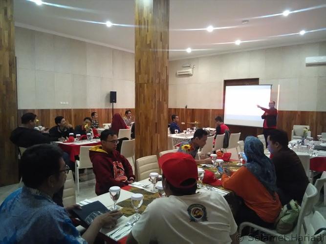 Mencerdaskan Indonesia Bersama Smartfren 4G www.SelametHariadi.com (1)