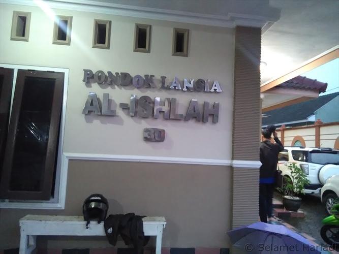 Pondok Lansia Al Ishlah di Malang www.selamethariadi.com