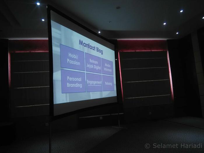 Menuju Indonesia Maju dengan Menyebarkan Konten Positif dan Kreatif www.selamethariadi.com (5)