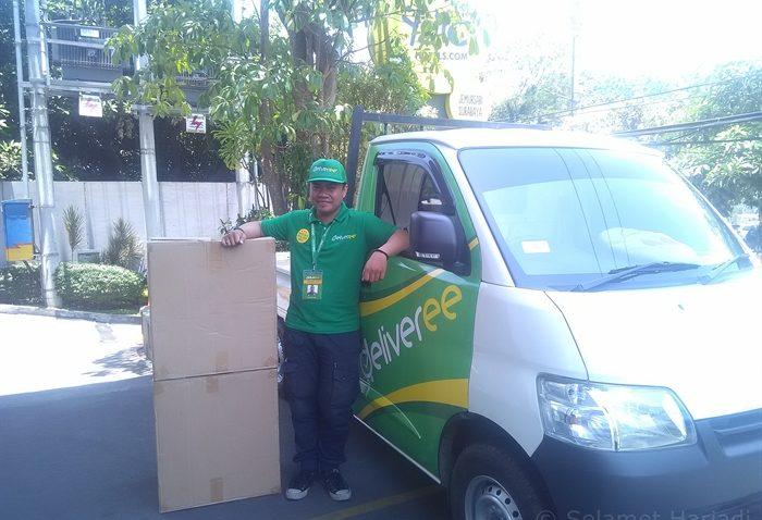 Jasa Pengiriman Barang Murah Aplikasi Logistik Deliveree Surabaya selamethariadi.com (1)